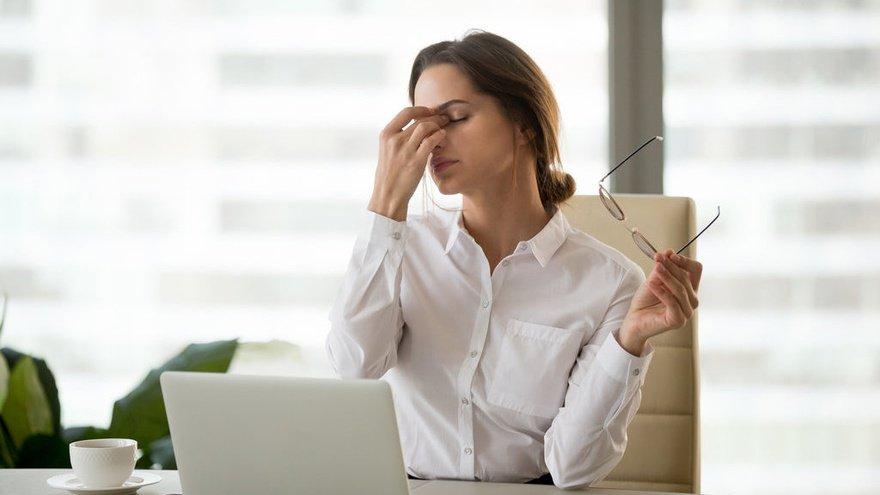Cara Mudah Menghilangkan Rasa Ngantuk Saat Bekerja