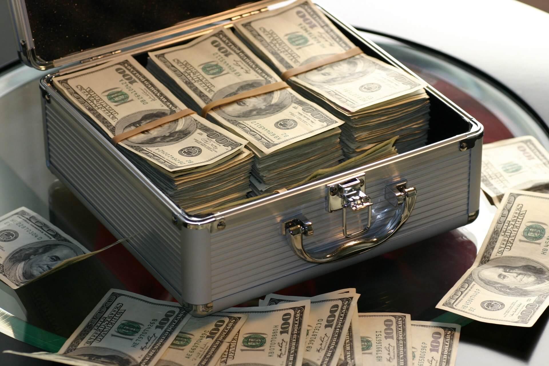 Tips Bermain Poker Online Sebagai Penghasilan Utama post thumbnail image